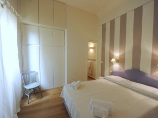 Lillà by Acacia,  in the heart of real city, Florence