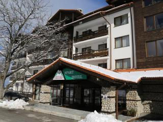Hotel Mountain Paradise by the Walnut Trees, Bansko