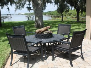 Fine Waterfront Living, Merritt Island