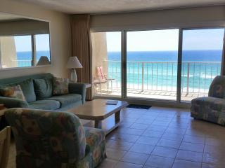 Newly Remodeled Unit in Beach House Complex