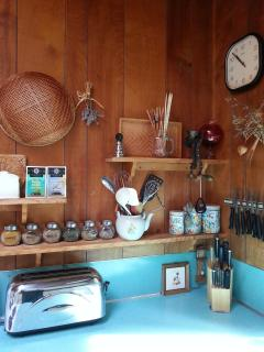 Classic cottage galley kitchen fully equipped
