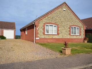 SANN8 Bungalow situated in Bacton