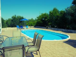 The private pool at Vavara