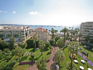 Cannes Croisette 2 bedroom 80m² 4 PAX panoramic p