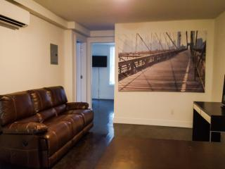 Brand New Spacious Times square 3BR on 39st, Nova York