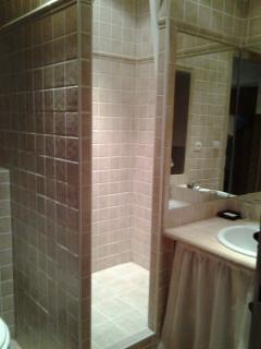 Douche - Lavabo - WC