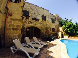 Irdumhouse Maison de charme, Sannat