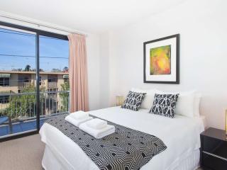 32/220 Barkly Street, St Kilda, Melbourne