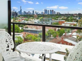 Luxury Executive Apartment in Prahran  : 413/87 High St, Prahran