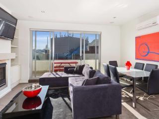 Luxury Penthouse Executive Apartment St Kilda  : 34/23 Irwell Street, St Kilda