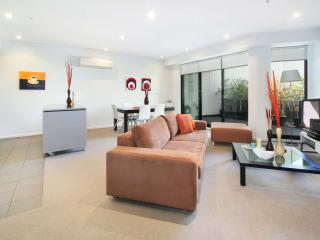 Luxury Self Contained Apartment Elsternwick  : 7/2 Gordon Street, Elsternwick