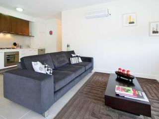 Luxury East St Kilda Executive Apartment  : 11/114a Westbury Close, St Kilda