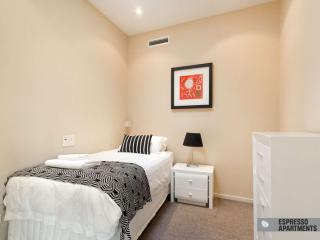 38/220 Barkly Street, St Kilda, Melbourne
