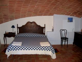 Casa de pueblo antigua y restaurada 10 plazas,