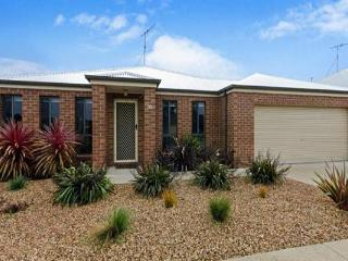 Rose Park Holiday House, Corio