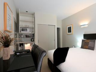 Pounamu Apartments - Studio Room - 33