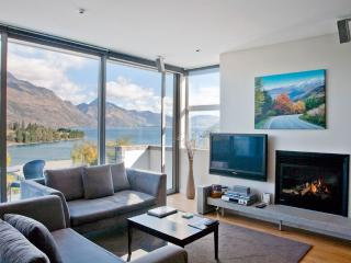 Pounamu Apartments - 2 BR Premier Apartment - 33, Queenstown