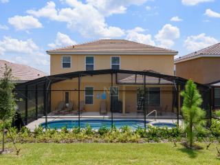 (5STS51OB72) NEW Holiday Vacation Home Located in Beautiful Solterra!, Davenport