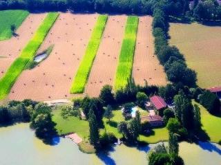 Le Domaine de Charlyne, Neuville-les-Dames