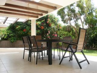 Luxury 3 bedrooms with garden #48, Ra ' anana