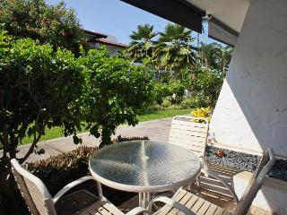 Casa de Emdeko 121- You will love this little gem! - AC Included!, Kailua-Kona