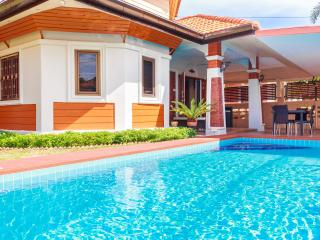 Momo GardenVilla 3 Beds + Pool near Walking Street, Pattaya