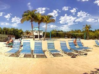 October Special $140 Ocean pointe  island retreat, Tavernier