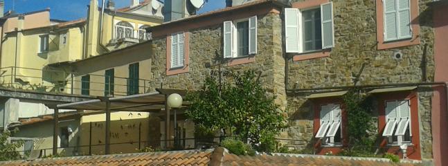 ' Ca di sbiri ' antica casa nel centro storico