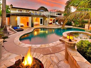 25% OFF MAY -Stunning Home w/ Pool, Hot Tub, Firepit, Backyard, Walk to Beach
