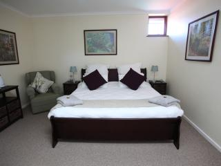 King size bed.  Lots of wardrobe / cupboard space available