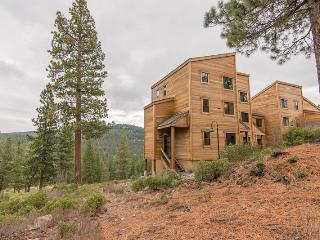 Gold Bend ~ RA62453, Truckee