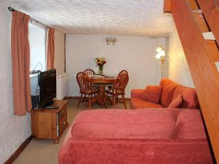 Bason Bridge farmhouse rental - Living/Dining Room with TV/DVD/FreeView & CD player