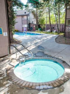 Sierra Manors #098 - Outdoor Hot Tub