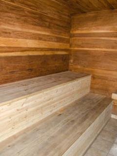 Sierra Manors #098 - Sierra Manors Sauna
