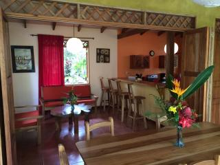 Jungle family house, Cahuita