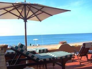 Villa sul mare e accesso esclusivo su spiaggia 50m, Salto di Fondi