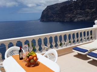 SUPERB APARTMENT SPECTACULAR TERRACE. 2, Los Gigantes