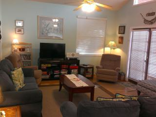 Living Room with Smart TV with Netflix and DVD player