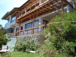 Casa Ruca Huasi con costa de Lago, San Carlos de Bariloche