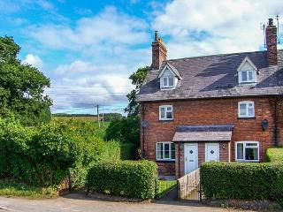 1 ORGANSDALE COTTAGES, woodburner, WiFi, near Delamere Forest and Sandstone Trail, near Kelsall, Ref 923789