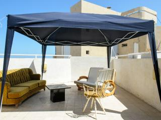 Beach Palace Penthouse 3BR Duplex, Tel Aviv