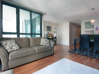 Beautiful Luxury View 2 Bed + office Coal Harbour, Vancouver