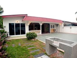 Epo Guesthouse - Wifi Available - Barbeque Pit, Ipoh