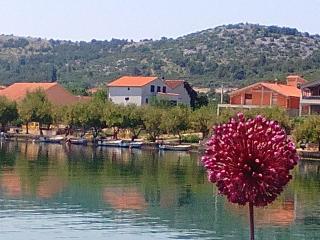 Holiday Home 'Oliva', Raslina-Dalmatia