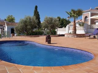 4B 3BTH AC WiFi Private pool villa Cortijo San Rafael area Frigiliana T0146