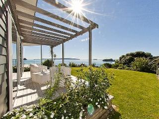 Opito Magic - Opito Bay Holiday House, Coromandel