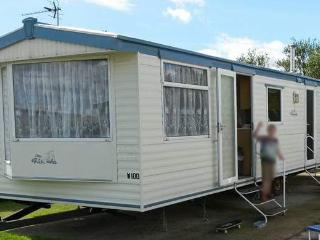 Static Caravan for Hire at Skipsea Sands Yorkshire