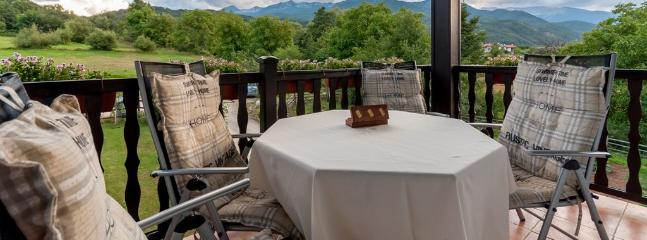 Pirin Chalet - Balcony with Magical Mountain Views of The Pirin