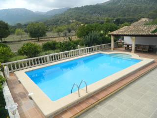 Villa in Pollensa countryside with private pool, Pollenca