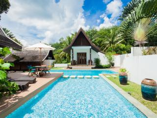 De Chom 4 bedroom pool villa